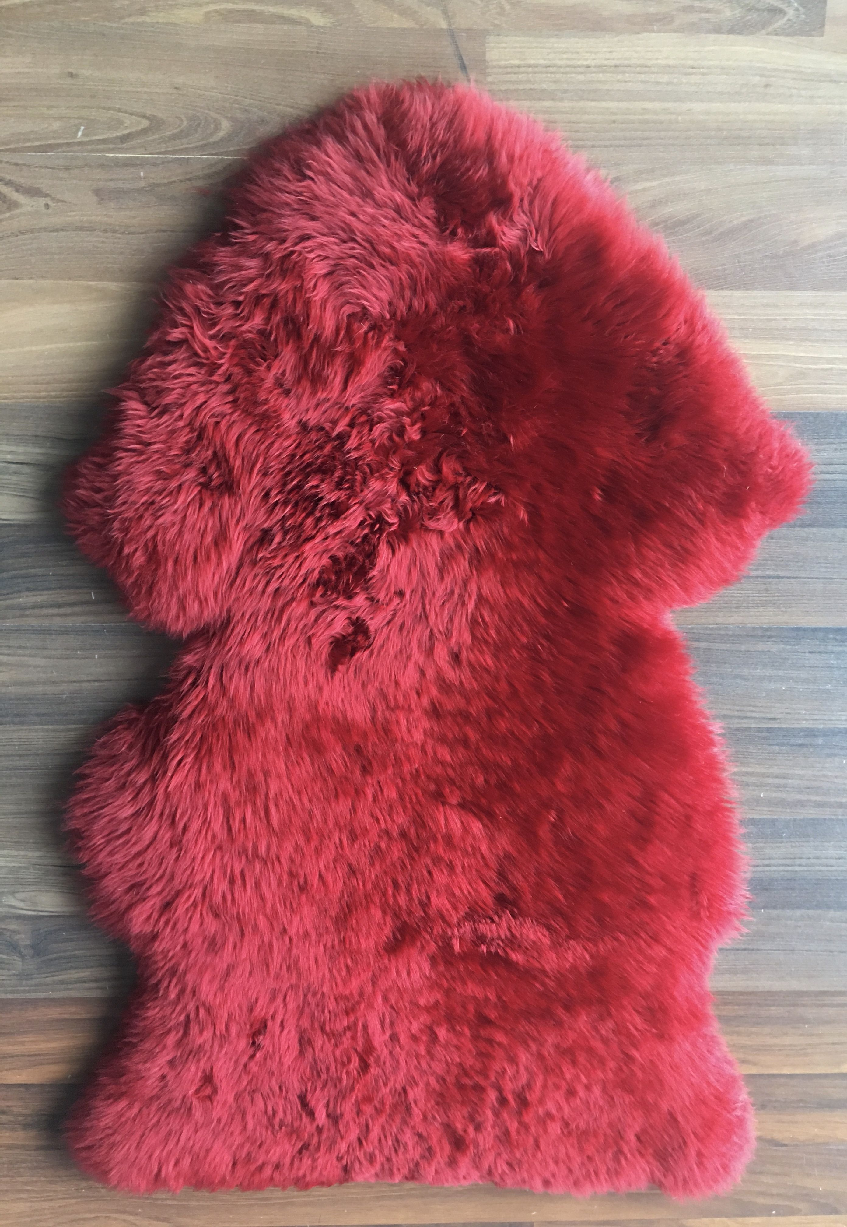 13 Large Coloured Lambs Wool  Red