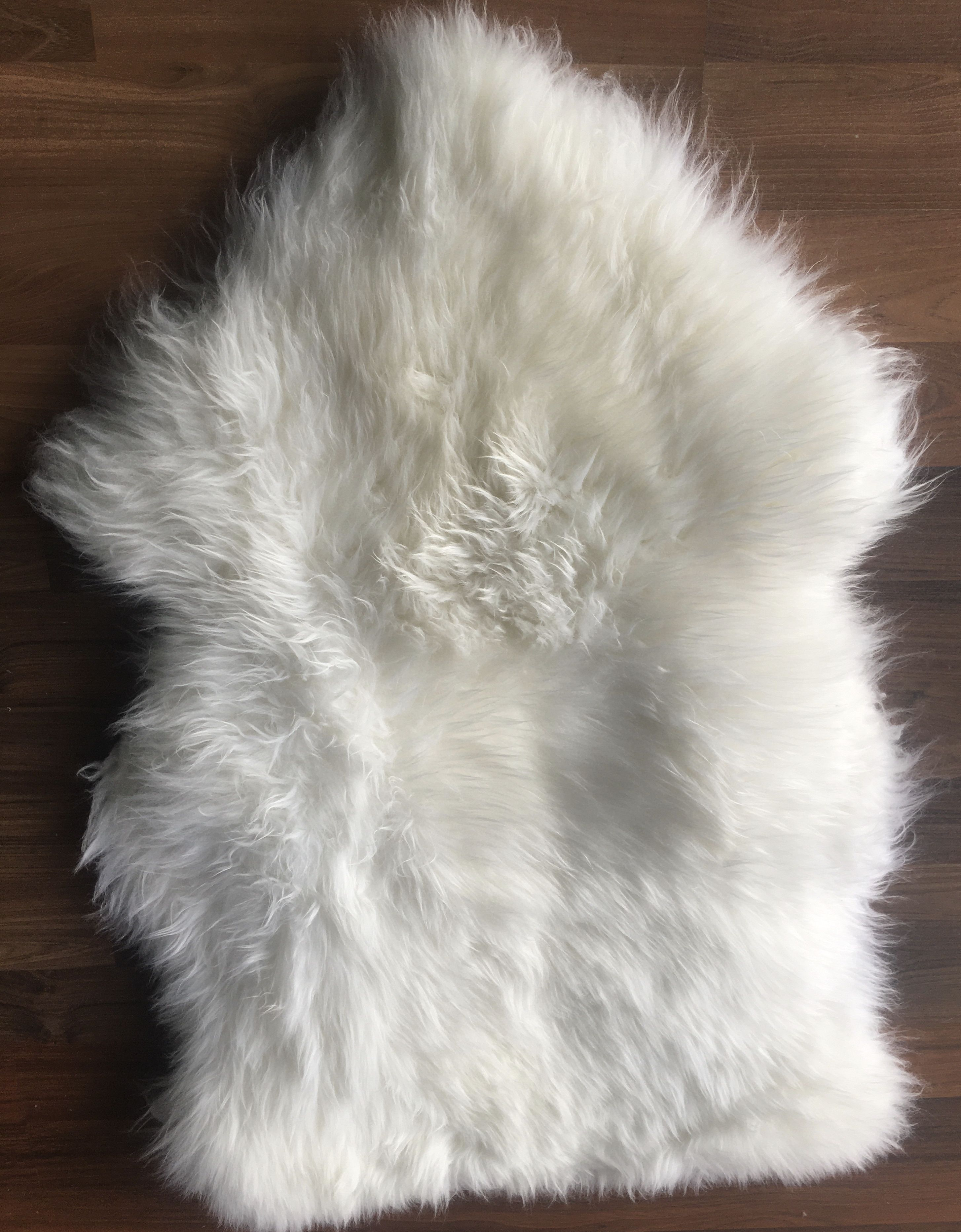 17 Large Lambs Wool Natural